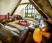 Snaptrip - Last minute cottages - Wonderful Weare Giffard Cottage S34273 -