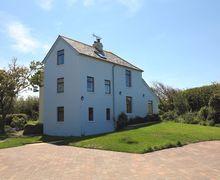 Snaptrip - Last minute cottages - Stunning Welcombe Mouth Cottage S34315 -