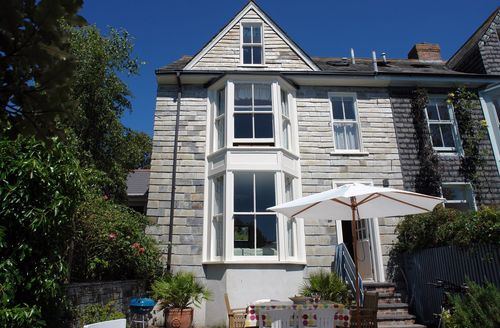 Attractive Padstow Cottage S34482