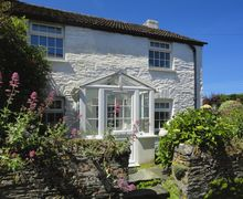 Snaptrip - Last minute cottages - Lovely Boscastle Cottage S34485 -