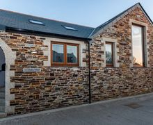 Snaptrip - Last minute cottages - Superb Bossiney Cottage S34557 -