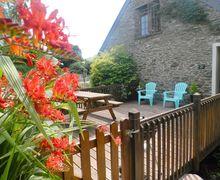 Snaptrip - Last minute cottages - Excellent Millbrook Apartment S34586 -