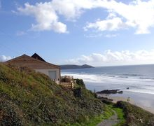 Snaptrip - Last minute cottages - Luxury Whitsand Bay Cottage S34585 -