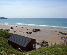 Snaptrip - Last minute cottages - Charming Whitsand Bay Cottage S34613 -