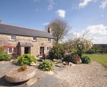 Snaptrip - Last minute cottages - Delightful Luckett Cottage S34626 -