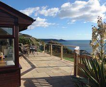 Snaptrip - Last minute cottages - Splendid Whitsand Bay Cottage S34634 -
