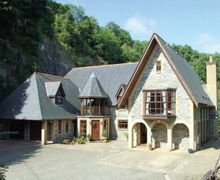 Snaptrip - Last minute cottages - Stunning Burraton Coombe Cottage S34632 -