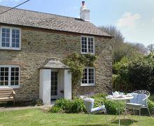 Snaptrip - Last minute cottages - Cosy Lerryn Cottage S34644 -