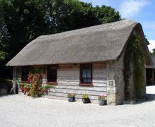 Snaptrip - Last minute cottages - Stunning Crowan Cottage S34697 -