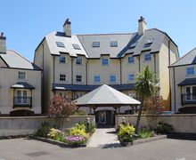 Snaptrip - Last minute cottages - Gorgeous Lynton & Lynmouth Apartment S34777 -