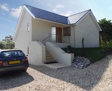 Snaptrip - Last minute cottages - Inviting Charmouth Cottage S38632 -