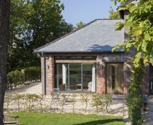 Snaptrip - Last minute cottages - Inviting Talaton Cottage S41041 -