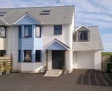 Snaptrip - Last minute cottages - Wonderful Gunwalloe Cottage S44461 -