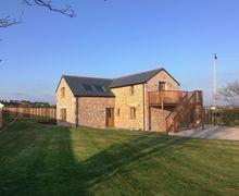Snaptrip - Last minute cottages - Quaint Trewithick Road Cottage S77218 -
