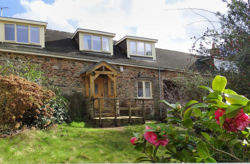 Excellent Devon Cottage S78207