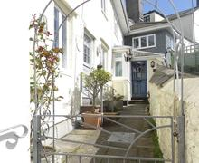 Snaptrip - Last minute cottages - Stunning Torpoint Cottage S81015 -