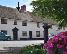 Snaptrip - Last minute cottages - Luxury Budleigh Salterton Cottage S78206 -