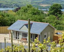 Snaptrip - Last minute cottages - Quaint  Cottage S81960 -