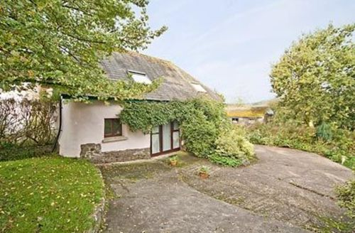 Snaptrip - Last minute cottages - Excellent Chulmleigh Cottage S19034 -