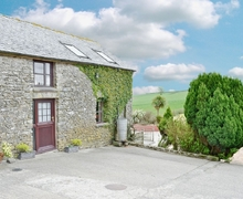 Snaptrip - Holiday cottages - Quaint Chulmleigh Cottage S19047 -