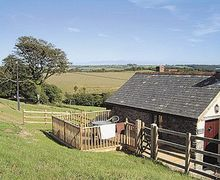 Snaptrip - Last minute cottages - Lovely Combe Martin Cottage S19058 -