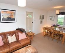 Snaptrip - Holiday cottages - Splendid Devizes Cottage S84028 -