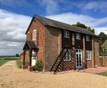 Snaptrip - Last minute cottages - Excellent Sittingbourne Cottage S84058 -