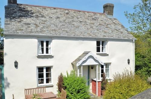 Snaptrip - Last minute cottages - Delightful Hartland Cottage S19101 -