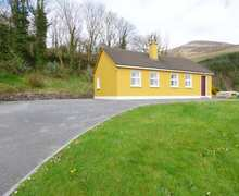Snaptrip - Last minute cottages - Splendid Tralee Cottage S84357 -