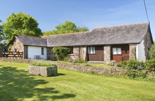 Snaptrip - Last minute cottages - Splendid Hartland Cottage S19142 -