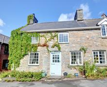 Snaptrip - Last minute cottages - Inviting Rhayader Cottage S84507 -