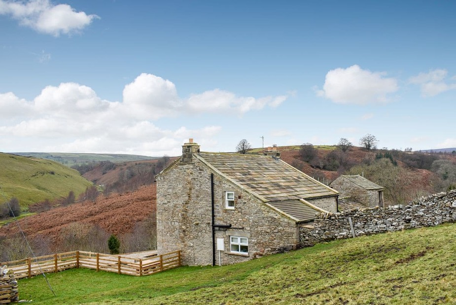 Perfectly located in the idyllic setting of the North Yorkshire Dales | Helwith Cottage, Helwith, near Marske - Helwith Cottage