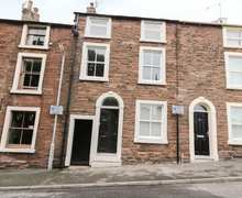 Snaptrip - Last minute cottages - Adorable Maryport Cottage S84962 -