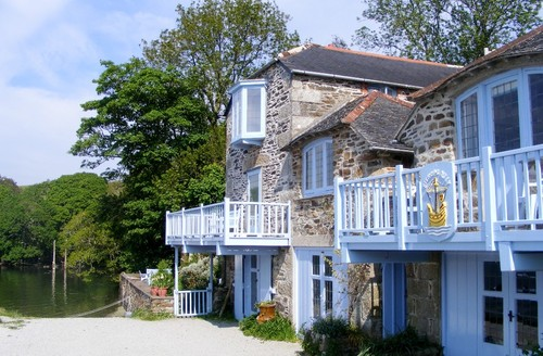 Snaptrip - Last minute cottages - Delightful Helston Quay S1595 -