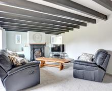 Snaptrip - Last minute cottages - Lovely Rhosneigr Lodge S85132 -