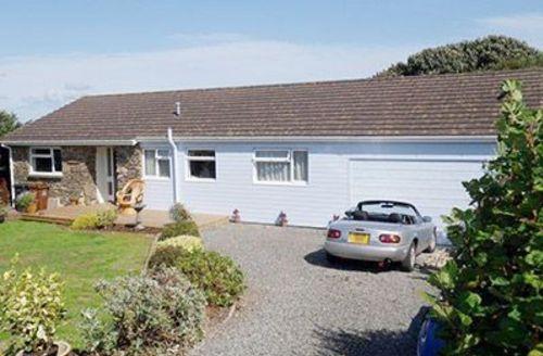Snaptrip - Last minute cottages - Exquisite Dartmouth Cottage S19287 -