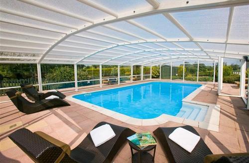 Snaptrip - Last minute cottages - Luxury Taunton Pool S1599 - The private indoor heated pool