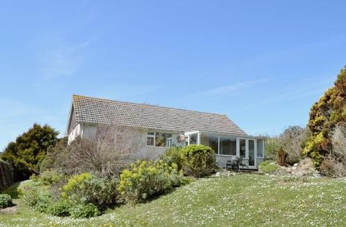 Snaptrip - Last minute cottages - Captivating Kingsbridge Cottage S19343 -