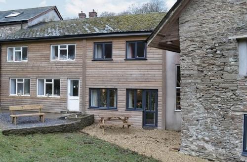 Snaptrip - Last minute cottages - Wonderful Kingsbridge Cottage S19352 -