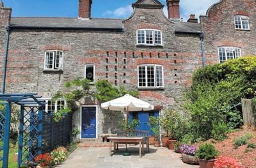Snaptrip - Last minute cottages - Stunning Newton And Noss Cottage S19380 -