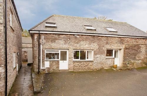 Snaptrip - Last minute cottages - Attractive Totnes Cottage S19465 -