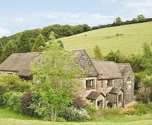 Snaptrip - Last minute cottages - Captivating Totnes Cottage S19501 -