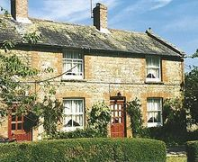 Snaptrip - Last minute cottages - Gorgeous Bettiscombe Cottage S19651 -