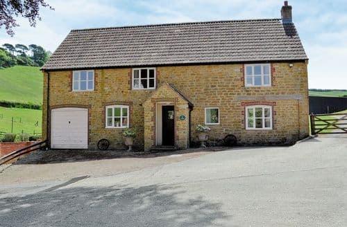 Snaptrip - Last minute cottages - Stunning Bridport Cottage S19669 -