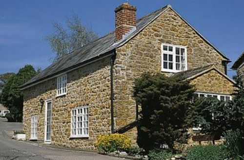 Snaptrip - Last minute cottages - Excellent Chideock Cottage S19723 -