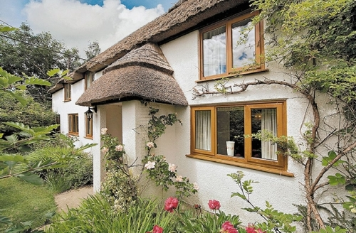 Snaptrip - Last minute cottages - Inviting Chideock Cottage S19731 -