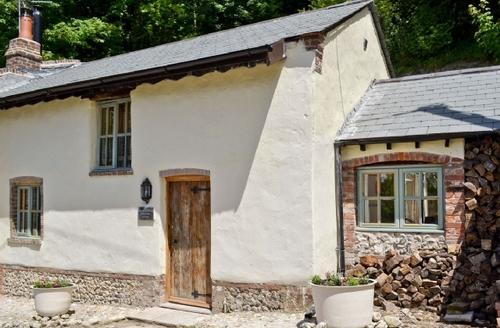 Snaptrip - Last minute cottages - Quaint Dorchester Cottage S19783 -
