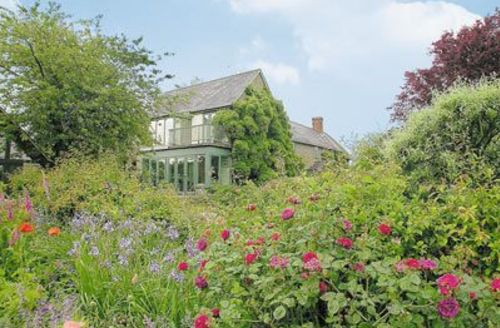 Snaptrip - Last minute cottages - Lovely Shaftesbury Apartment S19841 -