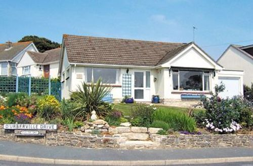 Snaptrip - Last minute cottages - Wonderful Swanage Cottage S19883 -