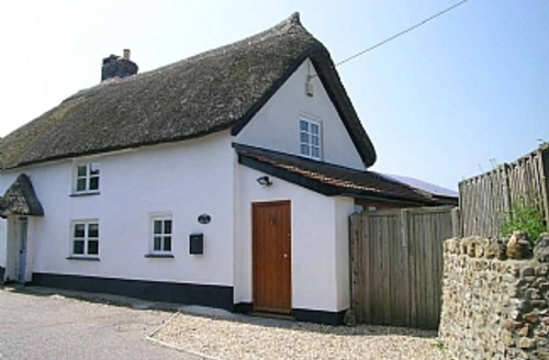 Snaptrip - Last minute cottages - Stunning Axminster Cottage S1666 - Cobb Cottage